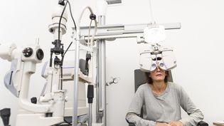 Il faut environ 80 jours pour obtenir un rendez-vous chez un ophtalmologue, selon une étude publiée le 8 octobre 2018. (UIG VIA GETTY IMAGES)