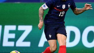Le joueur français Lucas Digne lors de la rencontre face à la Finlande le 11 novembre 2020, au Stade de France (Seine-Saint-Denis). (FRANCK FIFE / AFP)
