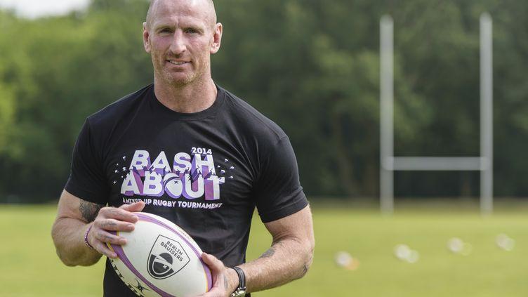 L'ancien capitaine de l'équipe de rugby du Pays de Galles, Gareth Thomas, le 23 mai 2014 à Berlin (Allemagne). (CLEMENS BILAN / AFP)