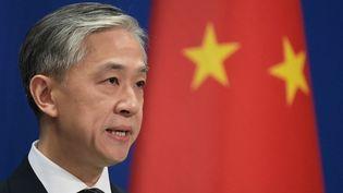 Le porte-parole du ministère chinois des Affaires étrangères, Wang Wenbin, à Pékin le 9 novembre 2020. (GREG BAKER / AFP)