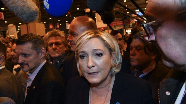 La présidente du Front national Marine Le Pen au Salon de l'agriculture, le 28 février 2017. (FRANCOIS PAULETTO / CITIZENSIDE / AFP)