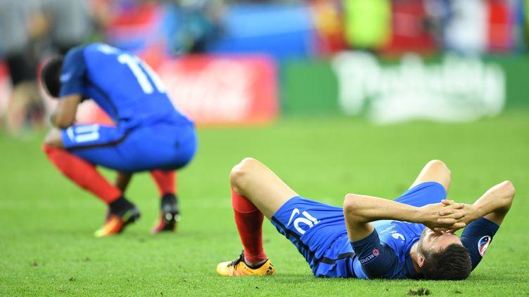 Les Bleus vont devoir digérer cette défaite en finale de l'Euro (MUSTAFA YALCIN / ANADOLU AGENCY)