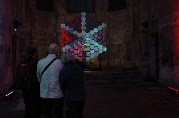 """""""Reflexion"""" des artistes tchèques Petr Vacek & Adam Cigler à l'église des Trinitaires de Metz. (JEREMIE LAURENT-KAYSEN)"""