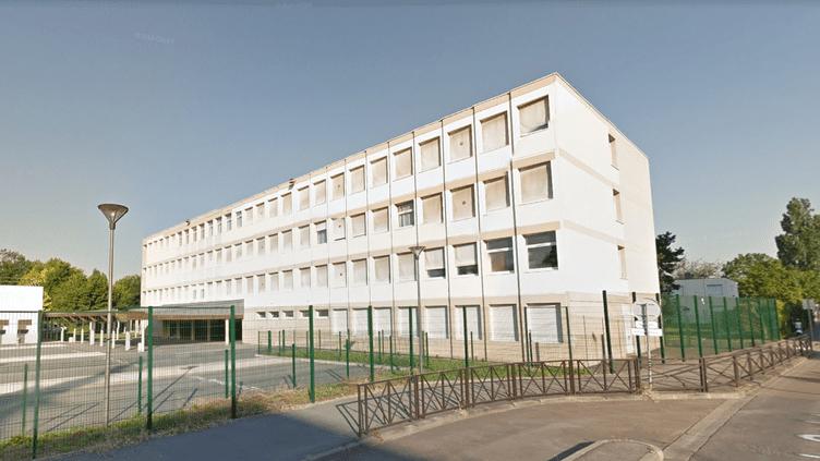 Le collège les Dînes Chiens, àChilly-Mazarin, dans l'Essonne. (CAPTURE D'ECRAN GOOGLE MAPS)