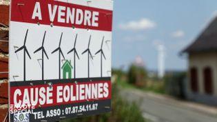 """Envoyé spécial.Dans la Somme, village à vendre """"cause éoliennes"""" (ENVOYÉ SPÉCIAL  / FRANCE 2)"""