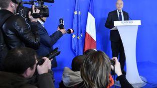 Alain Juppé, le 6 mars 2017 à Bordeaux (Gironde). (MEHDI FEDOUACH / AFP)