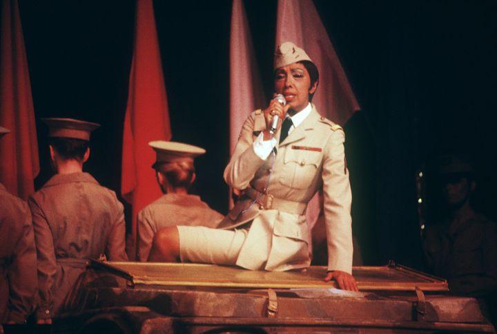 Joséphine Baker en 1973 au château de Versailles lors d'un gala franco-américain  (AFP)