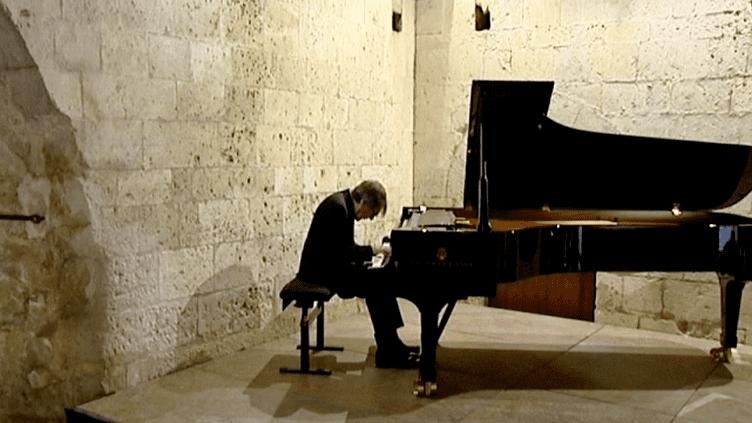 Bruce Brubaker, l'un des temps forts du Festival International de Piano de la Roque d'Anthéron  (France 3 / Culturebox)