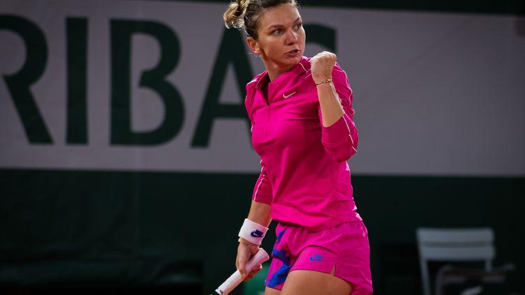Simona Halep lors de son match face à Amanda Anisimova, à Roland-Garros, le 2 octobre 2020.  (ROB PRANGE / SPAINDPPI)