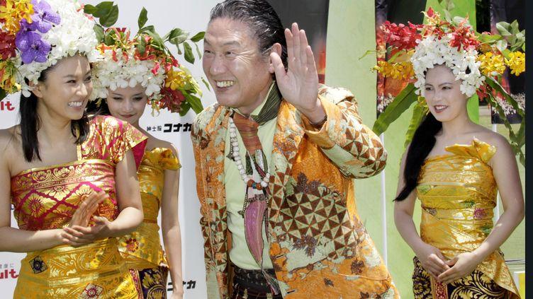 Le créateur de mode japonnais Kansai Yamamoto à Tokyo en 2009. (YOSHIKAZU TSUNO / AFP)