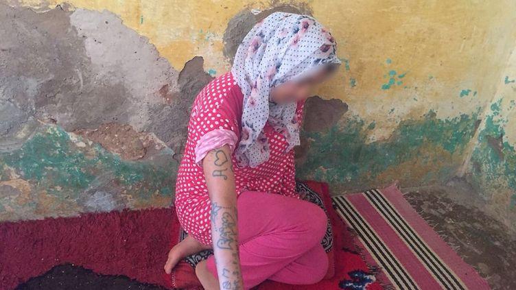 L'adolescente Khadija, 17 ans, dans son village d'Oulad Ayad, dans la région de Beni Mellal (Maroc), le 21 août 2018. (AFP)