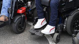 Personnes handicapées moteur à Redon (Ille-et-Vilaine), le 11 octobre 2021. (THOMAS BREGARDIS / OUEST-FRANCE / MAXPPP)