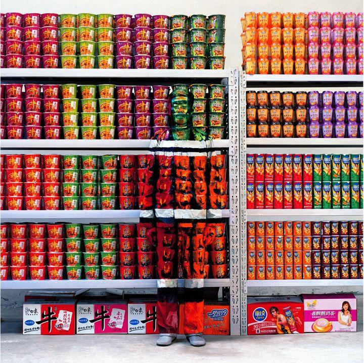 "Liu Bolin, ""Hiding in the City 83, Supermarket I"", 2009  (Liu Bolin, courtesy of the artist / Galerie Paris-Beijing)"