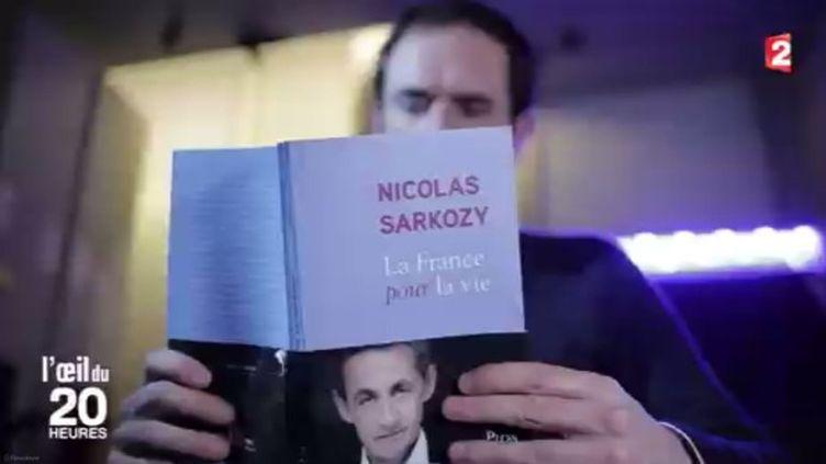 """""""L'Oeil du 20 heures"""" a décrypté le livre de Nicolas Sarkozy. (FRANCE 2)"""