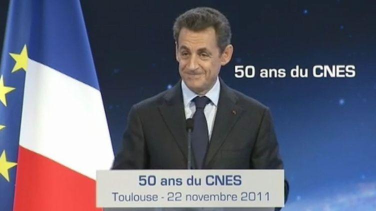 Nicolas Sarkozy prononce un discours àl'occasion du 50e anniversaire du Centre national d'études spatiales (Cnes), le 22 novembre 2011 à Toulouse (Haute-Garonne). (FTVi / FRANCE 2)