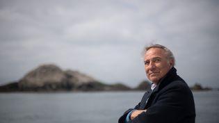 Le président de la Ligue pour la protection des oiseaux, Allain Bougrain-Dubourg, à Perros-Guirec (Côtes-d'Armor), le 8 juin 2021. (LOIC VENANCE / AFP)