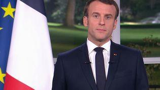 Emmanuel Macron lors des voeux aux Français le 31 décembre 2019. (MARTIN BUREAU / FRANCE 2)
