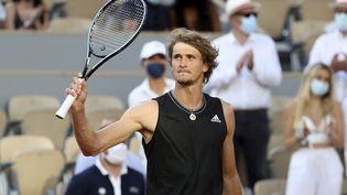 Alexander Zverev après sa victoire en quarts de finale de Roland-Garros, le 8 juin 2021. (JEAN CATUFFE / JEAN CATUFFE)