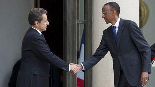Le président Nicolas Sarkozy a reçu le président rwandais Paul Kagame le 12 septembre 2011 afin d'officialiser la réconciliation entre les deux pays. (FRED DUFOUR / AFP)