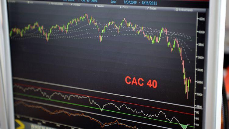 La Franceemprunte sur les marchés financiers à des taux de plus en plus élevés par rapport à l'Allemagne. L'écart entre les deux pays a atteint un nouveau record historique jeudi 10 novembre 2011. (BERTRAND GUAY / AFP)