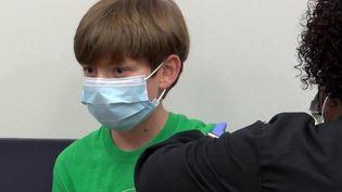 Covid-19 : la vaccination bientôt ouverte aux 12-18 ans (France 3)