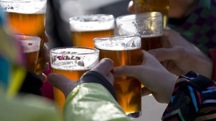 Il est aussi recommandé aux Britanniques d'observer plusieurs jours sans alcool par semaine. (JOSE AZEL / AURORA CREATIVE)