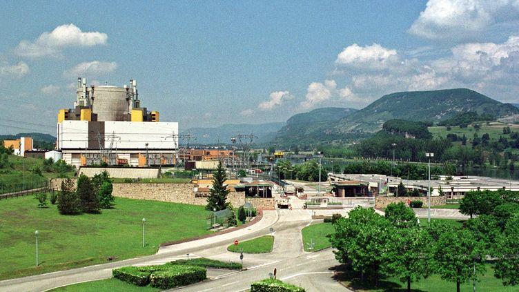 La centrale nucléaire Superphénixde Creys-Malville, le 23 mai 2001. (JEAN-PIERRE CLATOT / AFP)