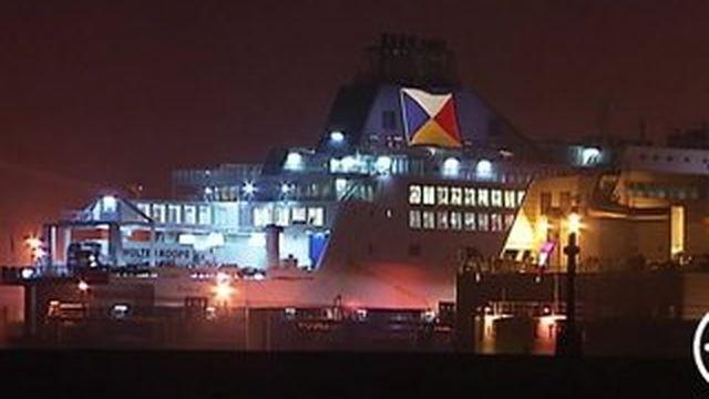 Calais : des milliers de passagers bloqués au port