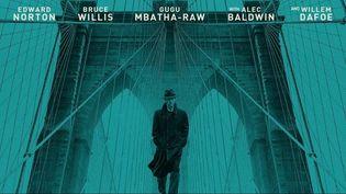 """""""Brooklyn Affairs"""" est une immersion dans le New York des années 1950. Un thriller réalisé par Edward Norton qui sort mercredi 4 décembre au cinéma. (Warner Bros)"""