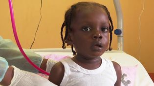 En Guyane, la situation sanitaire est toujours compliquée vendredi 24 septembre. Les enfants sont de plus en plus victimes de formes graves du coronavirus. (CAPTURE ECRAN FRANCE 3)