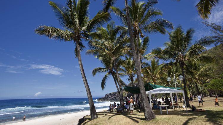 Une plage de la Réunion. Photo d'illustration. (CHRISTIAN WATIER / MAXPPP)