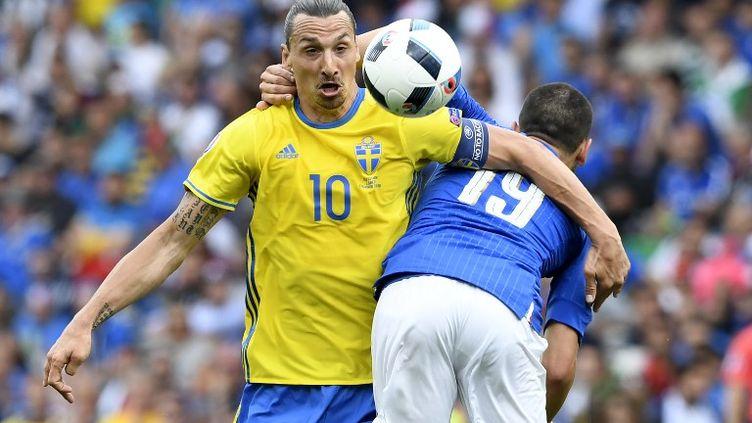 Eder a offert la victoire à l'Italie en toute fin de match. (JONATHAN NACKSTRAND / AFP)