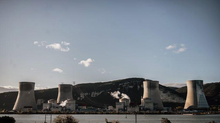 La centrale nucléaire de Cruas, au Teil (Ardèche), le 12 novembre 2019. (JEFF PACHOUD / AFP)