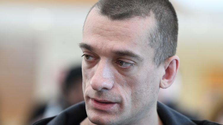 L'activiste russe Pyotr Pavlenski en mars 2020. (ALAIN JOCARD / AFP)