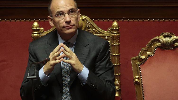 Le président du Conseil Enrico Letta attend le vote de confiance des sénateurs italiens, à Rome, le 2 octobre 2013. (TONY GENTILE / REUTERS)