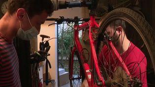 Vélos : le succès grandissant des réparateurs (France 2)