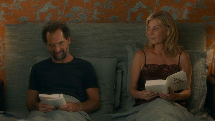 """Stéphane De Groodt et Michèle Laroque dans """"Chacun chez soi"""" deMichèle Laroque. (ALTER FILMS - STUDIOCANAL - FRANCE 2 CINEMA)"""