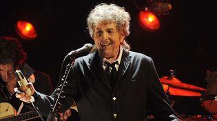 Bob Dylan sur scène à Los Angeles le 12 janvier 2012  (Chris Pizzello / AP / Sipa)