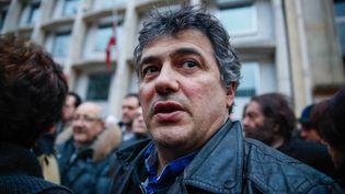 L'urgentiste Patrick Pelloux lors d'une manifestation devant l'ambassade du Danemark à Paris, le 15 février 2015. (JALLAL SEDDIKI / CITIZENSIDE.COM / AFP)