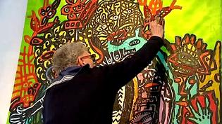 Robert Combas crée en direct une oeuvre devant le public du Garage à Brive  (France 3 / Culturebox)