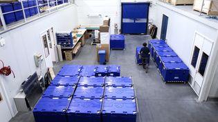 Des containers pouvant contenir des vaccins lors de leur transport. Photo d'illustration. (AFP)
