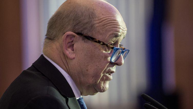 Le ministre des Affaires étrangères Jean-Yves Le Drian à Prague, le 6 décembre 2019. (MICHAL CIZEK / AFP)
