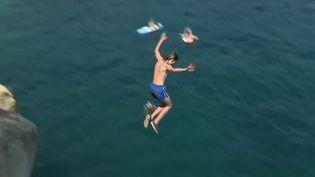Plongeons : de plus en plus de jeunes se jettent à l'eau malgré le danger (Capture d'écran France 2)