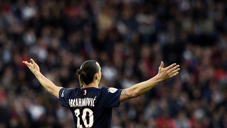 L'attaquant du PSG, Zlatan Ibrahimovic, le 8 mai 2015, à Paris. (FRANCK FIFE / AFP)