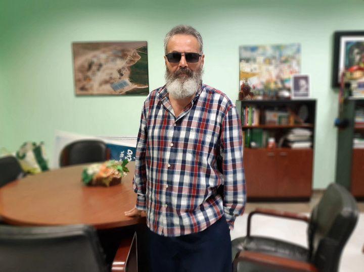 Juan Manuel Sánchez Gordillo, maire de Marinaleda, dans son bureau le 12 mars 2019. (ISABELLE LABEYRIE / RADIO FRANCE)