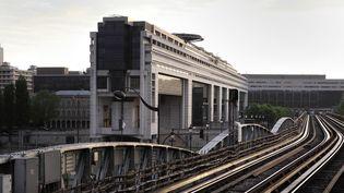 Le ministère de l'Economie et des Finances, dans le 12e arrondissement de Paris. (MANUEL COHEN / AFP)