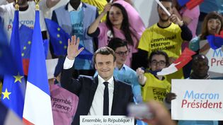 Emmanuel Macron lors de son meeting de La Villette, à Paris, le 1er mai 2017. (ERIC FEFERBERG / AFP)