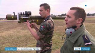 Ces militaires français ont inventé un lanceur de missiles virtuels (France 3)