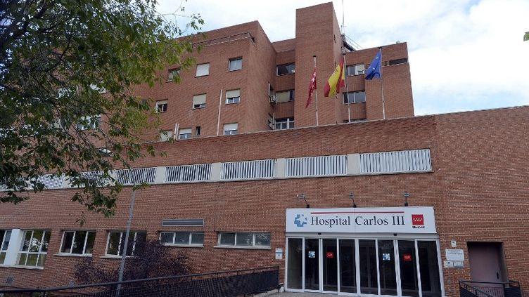 L'hôpitalCarlos III, à Madrid (Espagne), où a été traité le missionnaire espagnol contaminé par Ebola en Sierra Leone, le 22 septembre 2014. (EVRIM AYDIN / ANADOLU AGENCY / AFP)
