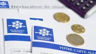 La modulation des allocations familiales selon le niveau de revenu avait été proposée en 2013 par François Hollande, avant d'être abandonnée. (MAXPPP)
